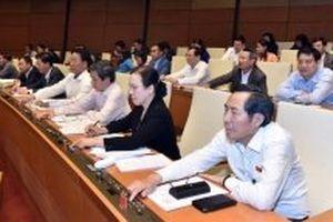 Quốc hội thông qua năm Luật