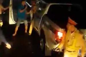 Vụ 'CSGT đánh nhau với tài xế': Lái xe tải lên tiếng 'phản pháo'