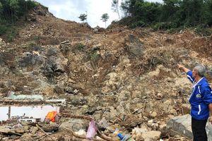 Sập nhà do mưa lũ: 4 người trong gia đình thầy cô giáo tử nạn