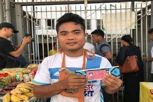 Vé trận ĐT Việt Nam - Myanmar tại AFF Cup 2018 chỉ bằng cốc trà sữa