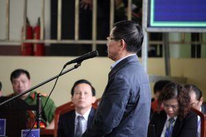 Ông Phan Văn Vĩnh nhận tội tại tòa, cảm thấy hết sức day dứt, ân hận