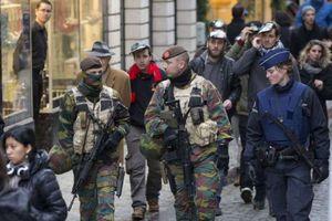 Bỉ muốn lập đội đặc nhiệm gồm toàn nữ binh sĩ