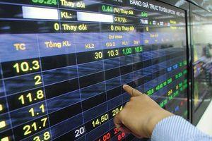 Dùng 38 tài khoản thao túng cổ phiếu, bị phạt 700 triệu đồng