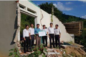 TAND tỉnh Thanh Hóa hỗ trợ kinh phí xây nhà cho gia đình bị thiệt hại do mưa lũ