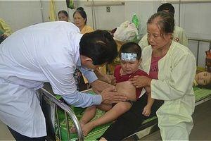 Khuẩn salmonella gây ngộ độc hơn 220 bé mẫu giáo Hà Nội