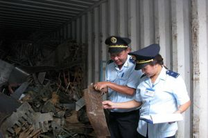 Phế liệu nhập khẩu được dỡ xuống cảng nếu đáp ứng đủ 03 điều kiện