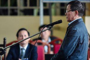Xét xử đường dây đánh bạc nghìn tỷ: Cựu Trung tướng Phan Văn Vĩnh nhận tội trước tòa