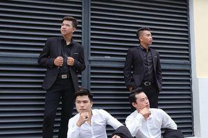 Ba chàng trai Nghệ An hát 'Người thầy' khiến cộng đồng mạng xao xuyến