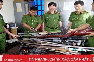 Công an Hương Khê vận động thu hồi 184 khẩu súng các loại