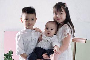 Đăng ảnh 3 con cực đáng yêu, hot mom Hằng 'Túi' khiến dân mạng xuýt xoa: 'Bé nào cũng đẹp như vẽ'