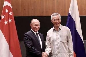 Chỉ vỏn vẹn 3 ngày ở Singapore, sức hút của ông Putin đã 'quyến rũ' cả Đông Nam Á?