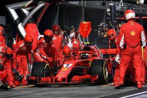 Vì sao các nước đều mong muốn tổ chức giải đua xe F1?