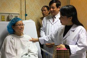 Nữ bác sĩ từ chối điều trị ung thư để sinh con đã qua đời ở tuổi 33