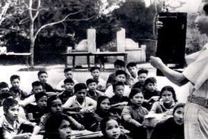 Những bức ảnh quý hiếm về nghề giáo thời chiến tranh