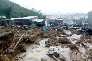 Mặt trận Tổ quốc điện thăm hỏi và hỗ trợ các gia đình bị thiệt hại do mưa lũ