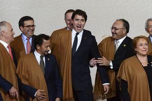 Những bộ đồng phục thú vị của các nhà lãnh đạo tại các kỳ APEC