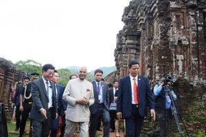 Tổng thống Ấn Độ thăm quan Khu di tích Đền tháp Mỹ Sơn