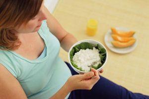 Không nên xem nhẹ chứng chán ăn ở người lớn
