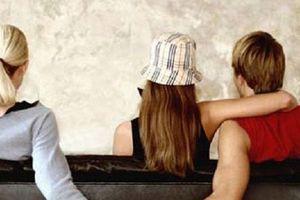 Bi kịch khi chồng lén lút cặp bồ rồi có con riêng (4): Vì sao đàn ông ngoại tình không bao giờ muốn bỏ vợ?