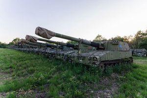 Ngỡ ngàng trước hàng trăm khẩu pháo tự hành cực mạnh bị bỏ xó trong tình trạng tốt