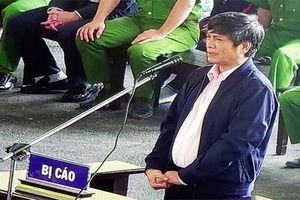 'Ông trùm' Nguyễn Văn Dương tự treo biển hiệu thiếu tướng: 'Cáo mượn oai hùm'?