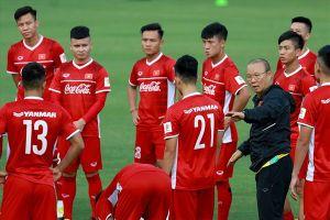 Lịch thi đấu AFF Cup 2018 ngày 20.11: Tuyển Việt Nam đấu Myanmar phân định ngôi đầu bảng