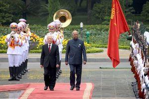 Tổng thống Ấn Độ: Tình cảm của người dân Việt Nam chạm đến trái tim tôi