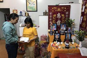 Quỹ Tấm lòng vàng chia sẻ cùng gia đình nhà giáo tử nạn sau 'bom' nước