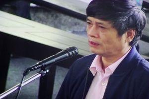 Treo biển tên Nguyễn Thanh Hóa ở số 10 Hồ Giám chỉ 'giải quyết khâu oai'