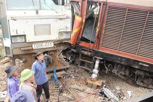 Khởi tố lái tàu vụ hai tàu hàng tông nhau ở ga Núi Thành
