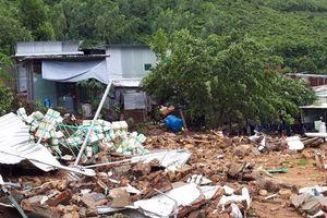 Vì sao mưa lũ gây thiệt hại nặng nề ở Khánh Hòa?