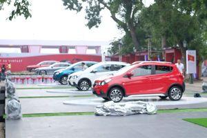 Ảnh 'nóng' các mẫu ôtô Vinfast lần đầu xuất hiện ở Hà Nội