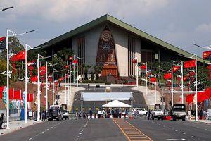 Cảnh sát Papua New Guinea tấn công quốc hội, đòi tiền phục vụ APEC