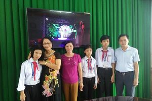 Nam Định: Những người đưa đò nặng ân tình chở chữ cả cuộc đời
