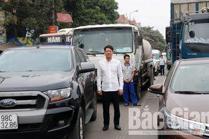 Hàng ngàn lái xe xuống đường tưởng niệm nạn nhân tai nạn giao thông