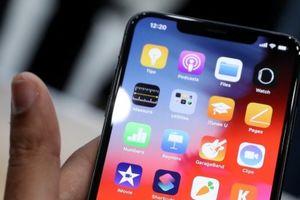 iPhone XS mới giá 1.000 USD so găng iPhone X: Mèo nào cắn mỉu nào?