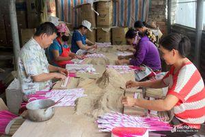 'Đói' nguyên liệu cho nghề hương trầm