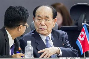 Quan chức cấp cao Triều Tiên Kim Yong-nam đến Trung Quốc