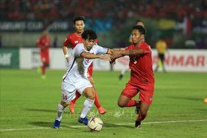 Đội tuyển Việt Nam - Myanmar: Tỷ số vẫn 0-0, Văn Đức sút trúng cột dọc
