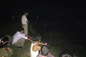 Một học sinh lớp 9 bị cuốn trôi mất tích khi tắm sông Lam