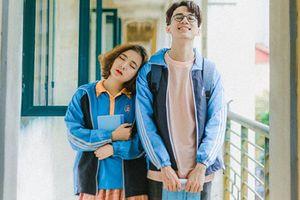 Ngắm bộ ảnh tình yêu thời thanh xuân đẹp 'tan chảy' của sinh viên ĐH Thương mại: Hồi đi học ai chưa yêu đảm bảo tiếc hùi hụi