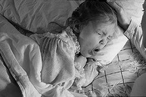 Vì sao trẻ nhỏ lại dễ mắc chứng bệnh 'ho ngang'?