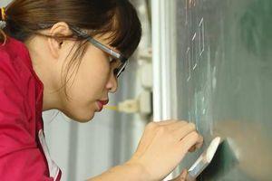 Nỗi niềm của những cô giáo 'cõng chữ lên non' tại miền đất Trung Lèng Hồ