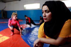 Các cô gái Iraq vượt qua điều cấm kỵ để thi đấu môn vật
