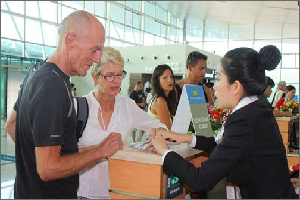 Thêm 2 năm thí điểm cấp thị thực điện tử cho người nước ngoài