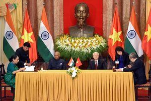 Tổng Bí thư, Chủ tịch nước và Tổng thống Ấn Độ gặp gỡ báo chí