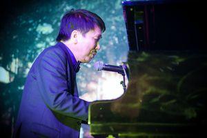 Nhạc sĩ Phú Quang làm liveshow 'Trong miền ký ức' ở tuổi 70