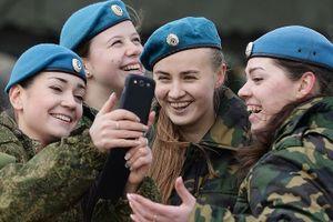 Nga đào tạo quân nhân cách sử dụng mạng xã hội an toàn