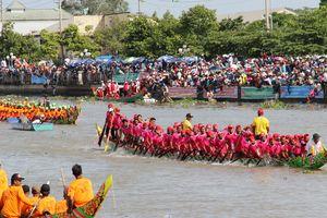 Trên 100.000 người đến Sóc Trăng xem đua ghe ngo