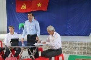 Xử lý ô nhiễm từ trại gà tại Tiền Giang
